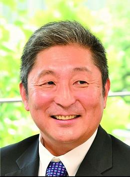 이토 도시유키 일본 군사전문가. 일본 해상자위대 장성 출신으로 현재 가나자와 공대 도라노몬 대학원 교수로 재임중이다. [대학 홈페이지]