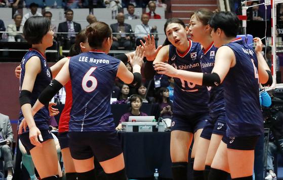 여자배구 대표팀이 안방에서 열린 아시아선수권을 3위로 마쳤다. [뉴스1]
