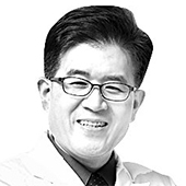이형기 『잊지 말자 황우석』 저자 서울대의대 임상약리학과 교수
