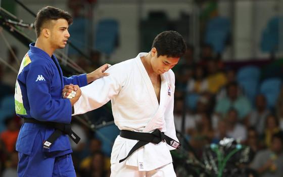 2016 리우올림픽 당시 안바울(오른쪽). [올림픽사진공동취재단]