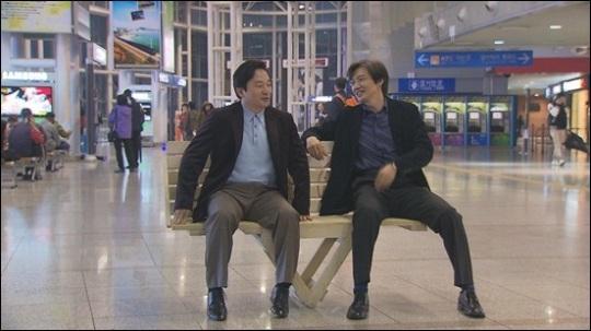 2011년 한 방송에 함께 출연했던 원희룡 제주도지사(왼쪽)와 조국 법무부 장관 후보자. [SBS]