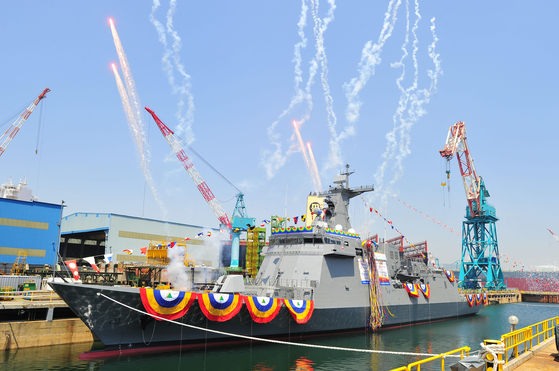 현대중공업은 지난 5월 23일 울산 본사에서 필리핀으로부터 수주한 최신예 호위함 '호세 리잘함' 진수식을 열었다. [사진 현대중공업]