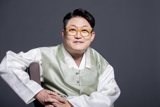 '달의 몰락' '왜 그래' 등의 히트곡을 냈던 김현철이 아리랑 재해석에 도전한다. 권혁재 사진전문기자