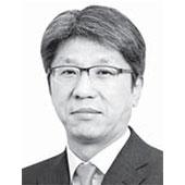신용호 논설위원