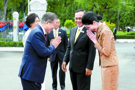 쁘라윳 태국 총리와 회담
