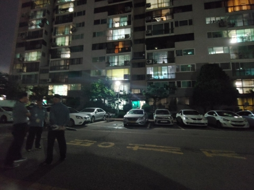 일가족 숨진 채 발견된 대전 아파트. [연합뉴스]