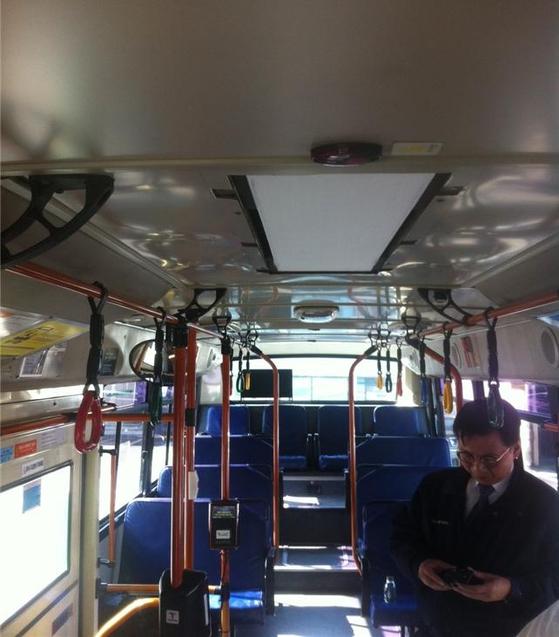 미세먼지 필터를 설치한 시내버스의 모습. [사진 서울시]