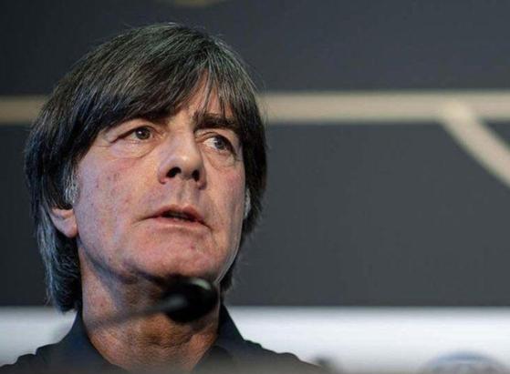 요아힘 뢰브 독일 축구대표팀 감독이 부임 13년 만에 큰 위기를 맞았다. [사진 독일축구협회 인스타그램]
