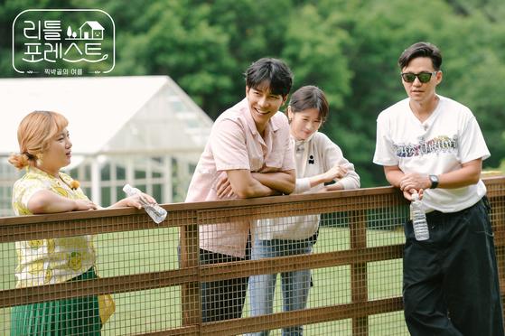 월화 예능 '리틀 포레스트'를 위해 뭉친 박나래, 이승기, 정소민, 이서진.(왼쪽부터) [사진 SBS]