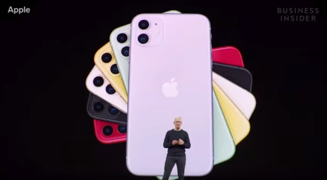10일(현지시간) 미국 캘리포니아 쿠퍼티노 스티브잡스 극장에서 열린 '애플 스페셜 이벤트 2019' 행사서 공개한 아이폰11. [Tech Insider 유튜브 캡처]