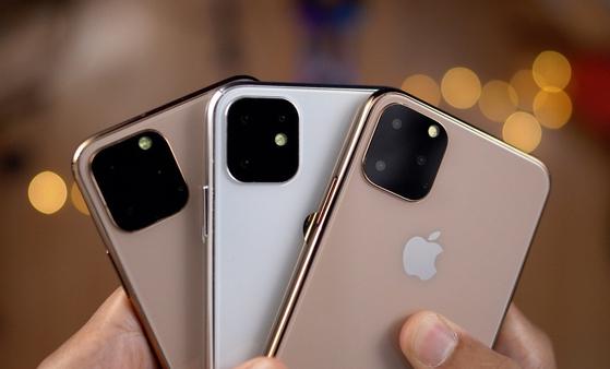 뒷면에 트리플 카메라가 달린 아이폰11 시리즈의 렌더링 이미지. [사진 톰스가이드]