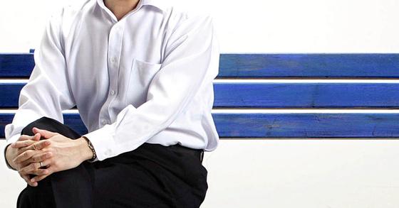 중년 남자가 멋지게 입을 수 있는 셔츠의 길이는 어느 정도일까. [중앙포토]