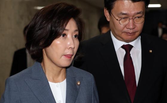 나경원 자유한국당 원내대표(왼쪽) [중앙포토]