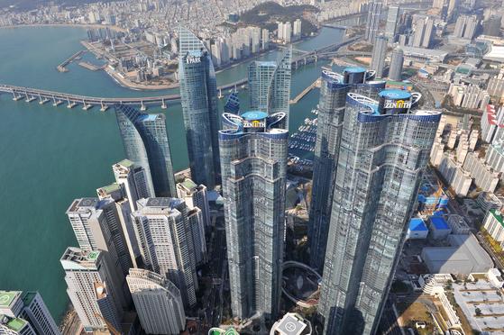 부산 해운대구의 고층 아파트 단지들 [사진 부산시]