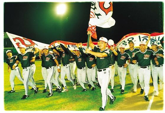 1994년 한국시리즈 정상에 오른 LG