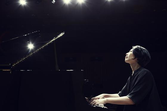2년째 베토벤 프로젝트를 진행하고 있는 피아니스트 백혜선. [사진 크레디아]
