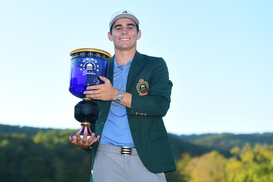 2019~2020 시즌 PGA 투어 개막전 밀리터리 트리뷰트에서 우승한 호아킨 니만. [AFP=연합뉴스]
