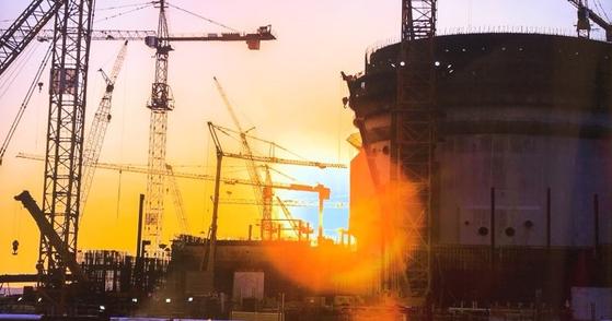 한국 기업 컨소시엄 '팀코리아'는 아랍에미레이트에서 원전 4기를 건설하고 있다. 아부다비 = 문희철 기자.