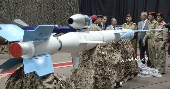 지난 6월 중순 예멘 후티 반군이 사우디아라비아 남부 아브하 공항을 공격한 뒤 7월 초에 공개한 크루즈 미사일 쿠즈(Quds)-1.[Arms Control Wonk]