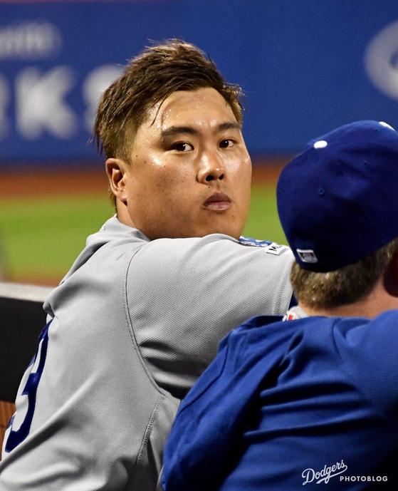 4경기 연속 부진했던 류현진이 지난 15일 뉴욕 메츠전에서 7이닝 무실점으로 호투했다. 이날 등판에 앞서 류현진은 머리카락을 금빛으로 염색했다. [다저스 포토블로그]