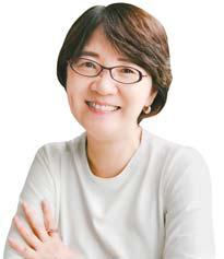 김은영 - 서울 마포구 성산2동장·사회복지공무원.