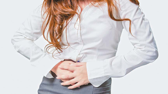 최근 생리통을 가라앉히 는 데 도움을 주는 이부프 로펜 성분 진통제가 다양 하게 출시되고 있다. 본인 의 컨디션과 성분을 따져 적절한 진통제를 선택하는 게 좋다. [중앙포토]
