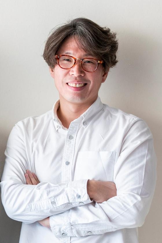 제20회 중앙신인문학상 단편소설 부문에 당선된 박세회씨. 권혁재 사진전문기자