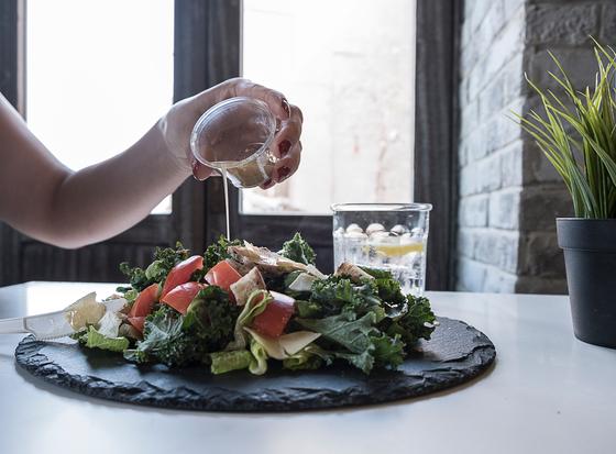 해독과 균형 잡힌 영양식인 채식을 올바르게 하는 것은 명상을 위해서도 필요하다. [사진 pexels]