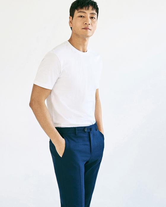영화 '양자물리학' 주연 배우 박해수를 17일 서울 삼청동 카페에서 만났다. [사진 메리크리스마스]