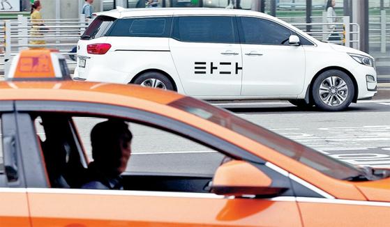 공유차 서비스 '타다'가 자리를 잡으면서 국내 택시산업 지형도도 바뀌고 있다.
