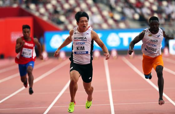 28일 카타르 도하에서 열린 세계육상선수권 남자 100m 자격예선에서 2조 1위를 기록한 김국영. [EPA=연합뉴스]