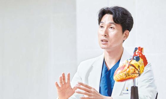 박진규 교수는 급사 위험이 큰 부정맥 환자의 경우 피하이식형 제세동기를 통해 합병증을 줄일 수 있게 됐다고 설명했다. 프리랜서 장은주