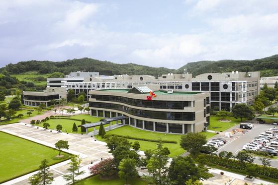 대전시 유성구 대덕연구단지에 있는 SK이노베이션 기술혁신연구소. [사진 각 사]