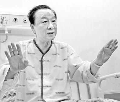 대상포진 증세로 입원한 최성해 동양대 총장이 30일 중앙일보와 인터뷰하고 있다. 송봉근 기자