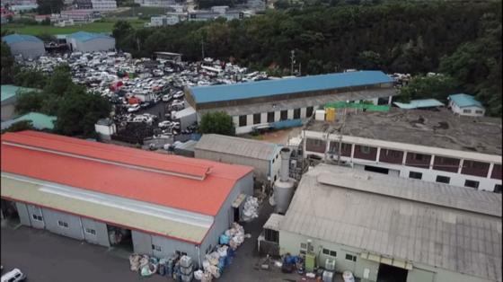 난개발로 인한 환경오염으로 피해를 봤던 김포시 거물대리 주민들이 드디어 피해를 인정 받았다. [중앙포토]