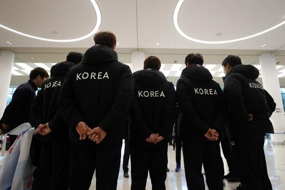 지난 1월 세계선수권대회에 남북단일팀으로 참가했다 귀국한 남자핸드볼대표팀 선수들. [연합뉴스]