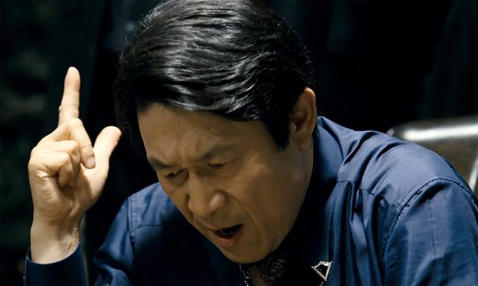 최근 온라인에서 선풍적인 인기를 끌고 있는 '곽철용' 캐릭터. [사진 영화 '타짜' 캡처]