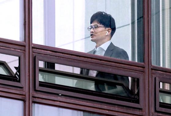 한동훈 대검찰청 반부패·강력부장이 2일 구내식당으로 향하고 있다. [연합뉴스]