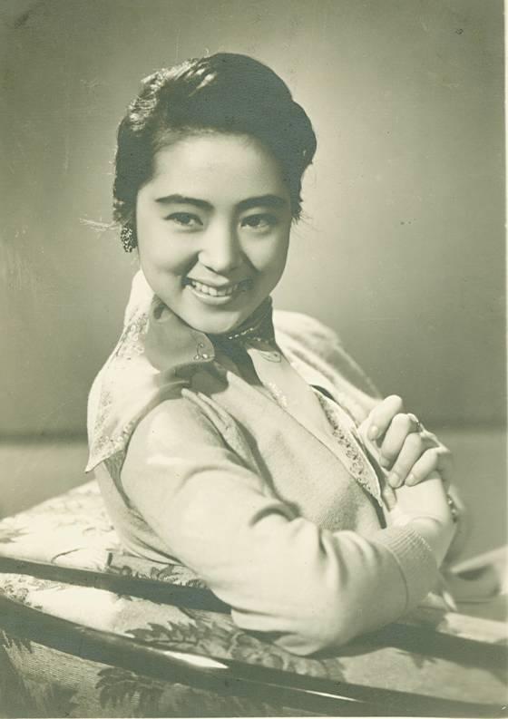 1960년대 '한국의 엘리자베스 테일러'로 불렸던 스타 김지미의 전성기 모습. [중앙포토]