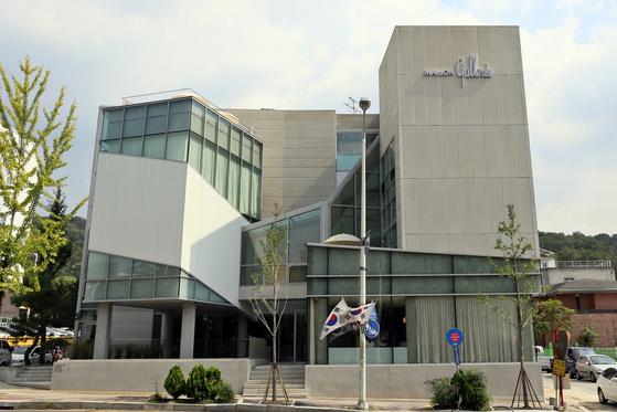 10일 문을 여는 대전 유성구 도룡동 '메종 갤러리아'. 백화점 업계에서 처음으로 외부에 설치한 VIP 전용 공간이다. 사진은 건물 전경. [사진 갤러리아]