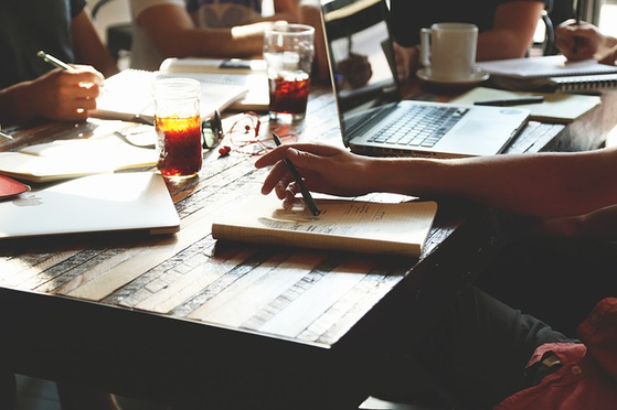 창업을 하면 대표인 내가 팀원들을 구성할 수 있기 때문에 잡음이 없을거라 생각했지만 착각이었다. [사진 pixabay]