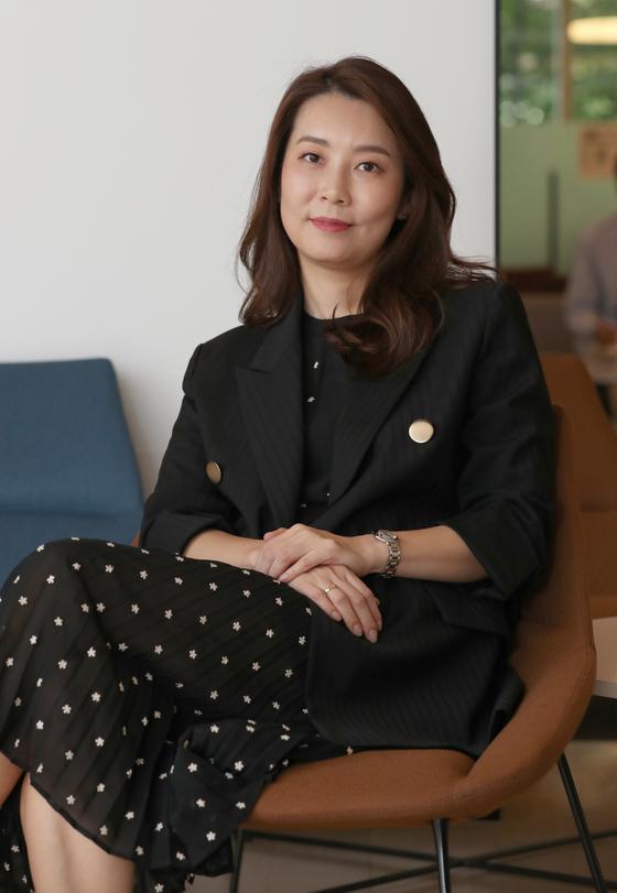 삼성물산 패션부문의 '하티스트'는 장애인 전문 캐주얼 비지니스 의류 브랜드다. 박소영씨는 하티스트 수석 디자이너로 지난 9월 활동성과 멋을 겸비한 '매직 핏 코트'를 선보였다. 최정동 기자