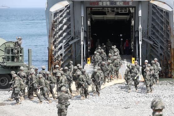 지난해 경북 포항 독서리 해안에서 열린 한미 연합상륙훈련. [연합뉴스]