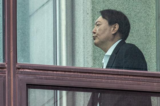검찰, '윤석열 별장접대 의혹' 명예훼손 수사 착수
