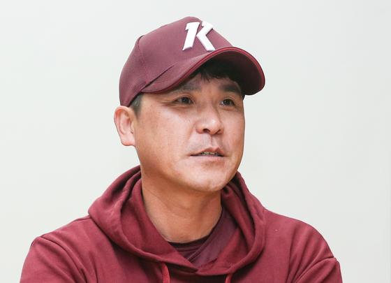 PO 1차전을 앞두고 기자회견을 하는 장정석 감독. [연합뉴스]