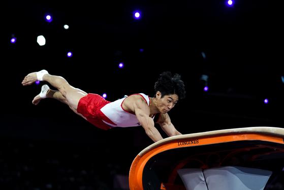 13일 세계선수권대회 남자 도마 결선에서 뛰고 있는 양학선. [신화=연합뉴스]