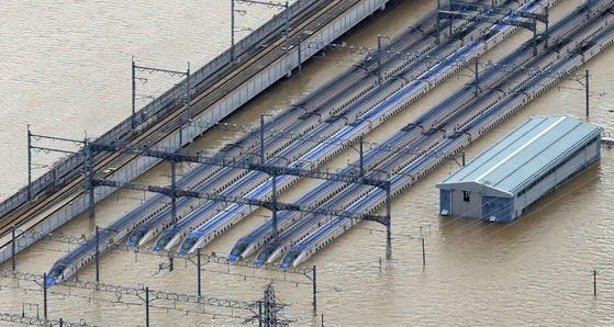 [사진] 일본 태풍 사망·실종 최소 45명 … 신칸센 침수