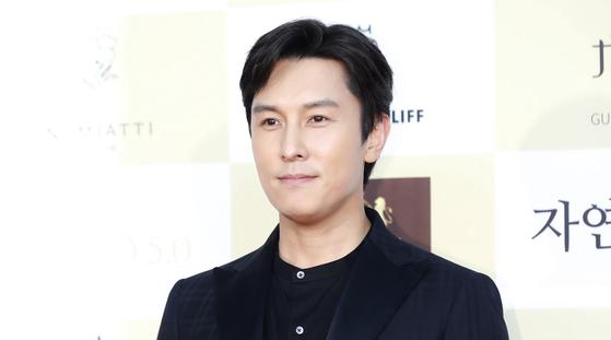 신화 김동완 기획사들, 아이돌에 향정신성의약품 권유