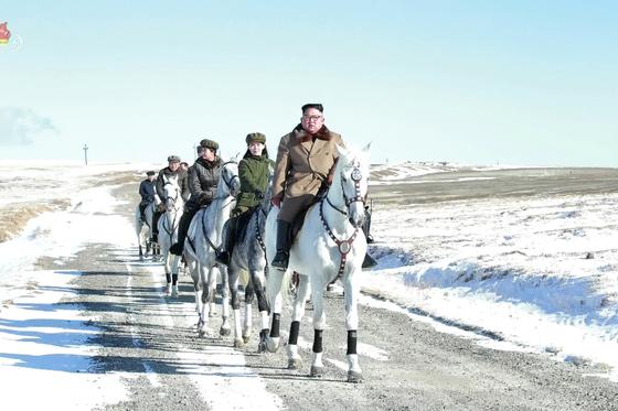 0d67a878 db35 4533 beef 59e0cf4928e7 - Kim Jong-Un Pemimpin Tertinggi Korea Utara Dikabarkan Dalam Kondisi Mengkhawatirkan Setelah Operasi Kardiovaskular