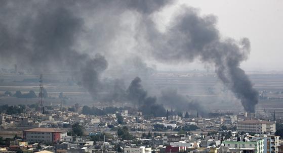 터키군의 시리아 내 쿠르드족 공격이 멈추지 않고 있다. [EPA=연합뉴스]